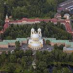 Monasterio de Alejandro Nevski en San Petersburgo