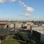 Tour de ville de Saint-Pétersbourg en français: vue panoramique de la colonnade Saint-Isaac