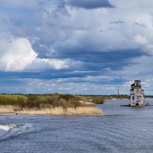 Lago Béloye (lago Blanco): parte de la vía navegable Volga-Báltico