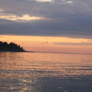 Le Lac Ladoga en Carélie - partie de l'itinéraire de croisières Saint-Pétersbourg-Moscou