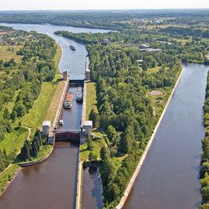 Ecluse numéro 6 du canal de Moscou, croisière Moscou-Saint-Pétersbourg