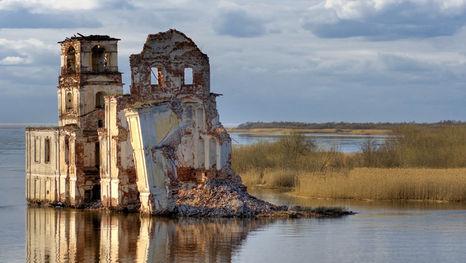 L'église de la Nativité du Christ de Krokhino, voie navigable Volga-Baltique